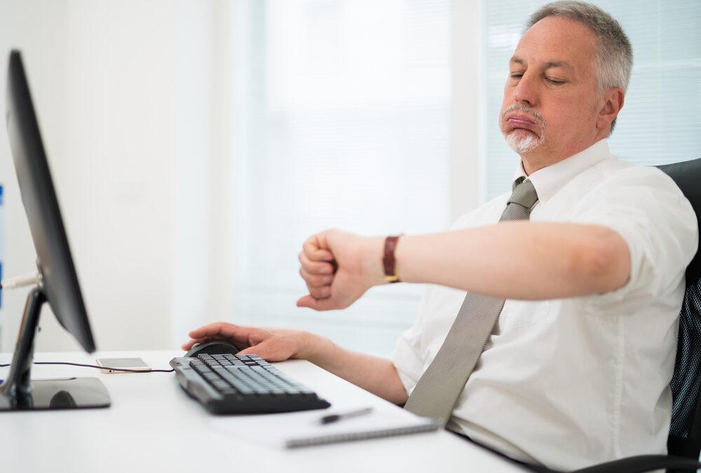 Cómo pagar las horas extra a tu empleado